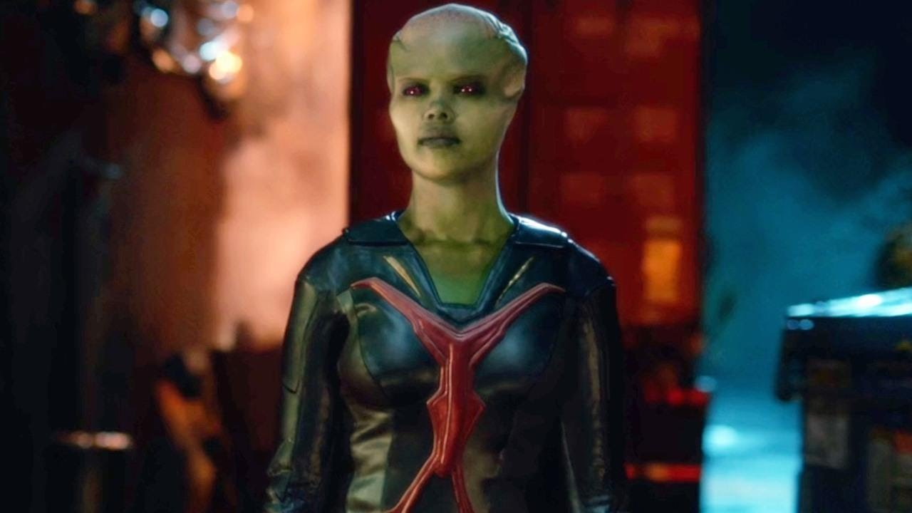 Supergirl: Miss Martian Is Not What She Seems