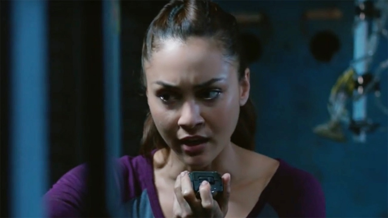 "The 100 – Lindsey Morgan on Raven's Season 4 ""Superpowers"""