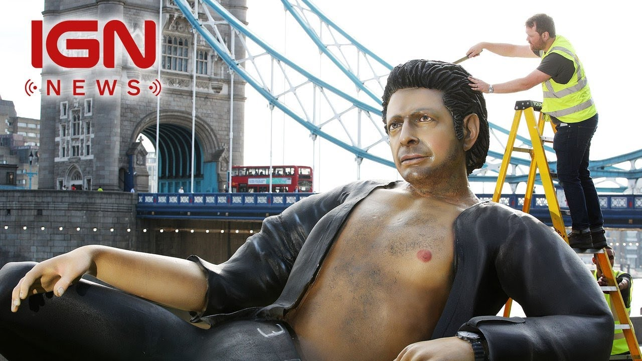 There's a 25-Foot Tall Jeff Goldblum Statue in London – IGN News